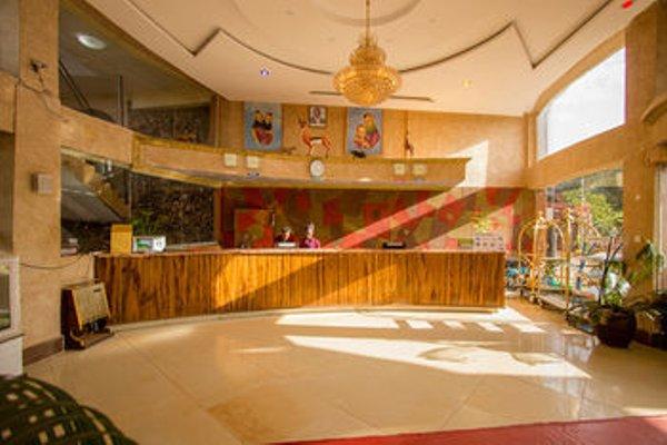 Aturukan Hotel - фото 12