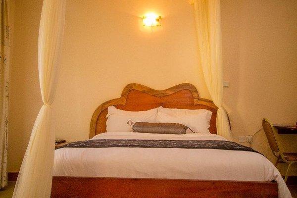 Aturukan Hotel - фото 3