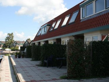 Guesthouse Holiday home Watersportpark De Pharshoeke 4