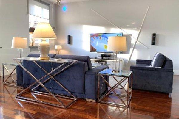 Luxury Apartments Mondrian Castle Square - фото 20