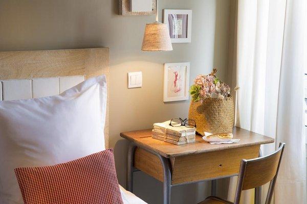 Hotel Le Petit Chomel - 4