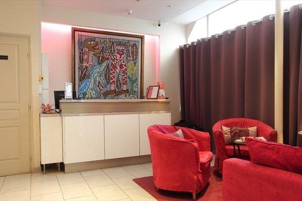 Pink Hotel - 17
