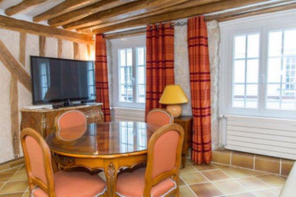 Saint Germain des Pres Apartment - 12