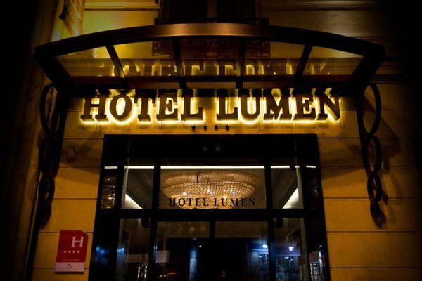 Hotel Lumen Paris Louvre - 20