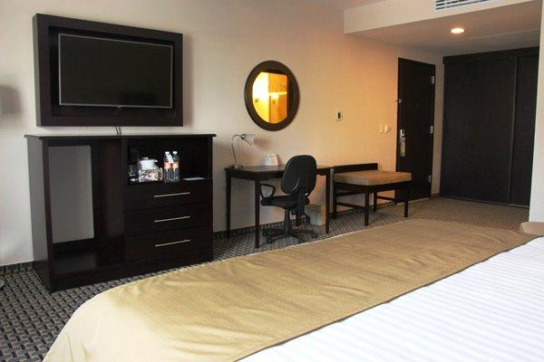 Holiday Inn Mexico Santa Fe - фото 10