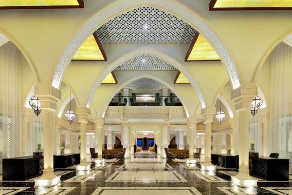 Sheraton Sharjah Beach Resort and Spa - фото 14