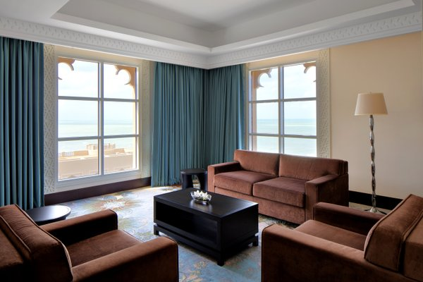 Sheraton Sharjah Beach Resort and Spa - фото 4