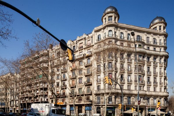 Feelathome Gran Via Apartment - фото 11