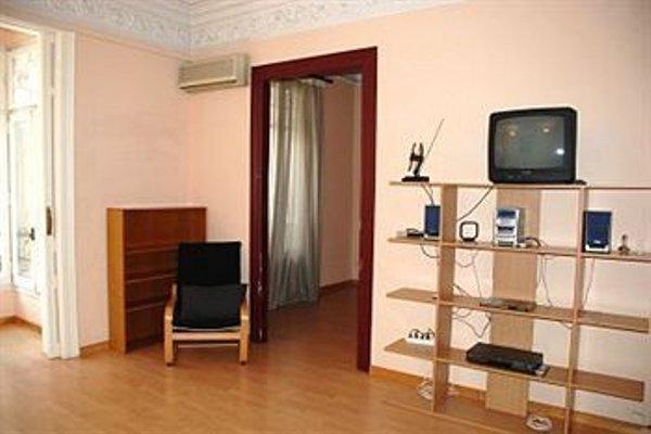 Apartment Eixample - фото 9