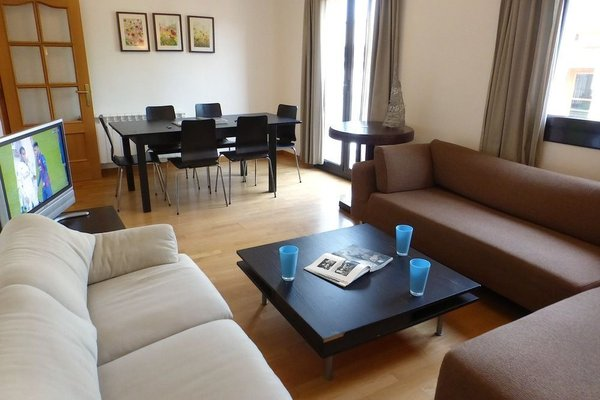 APTBCN Apartment Reial - фото 17