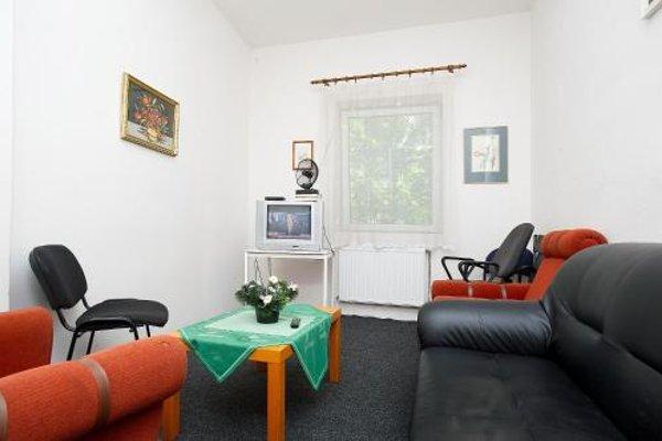 Abex Hostel - 4