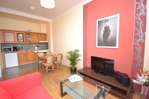 Melantrich Apartments - фото 21