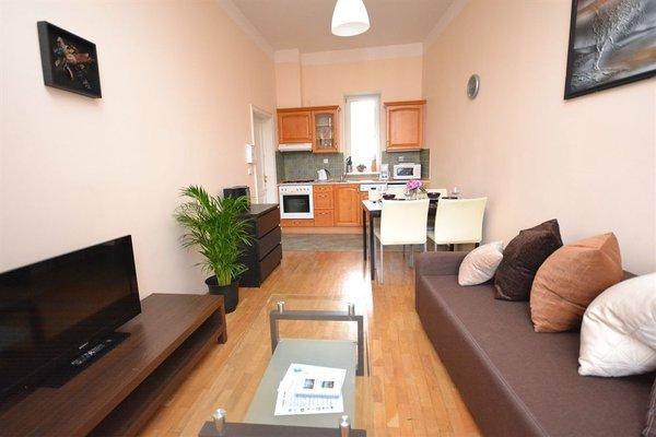 Melantrich Apartments - фото 22