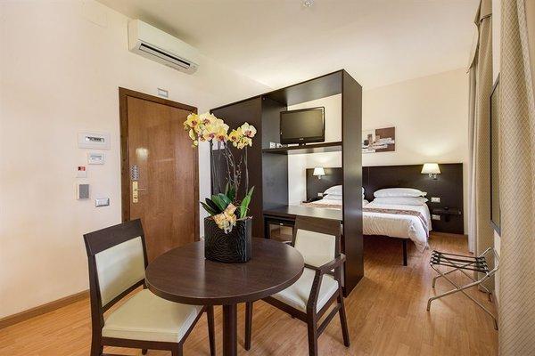 Regal Park Hotel - фото 10