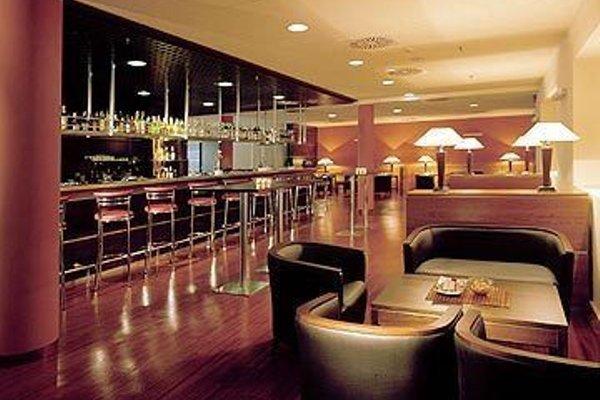 Leonardo Da Vinci Rome Airport Hotel - фото 10
