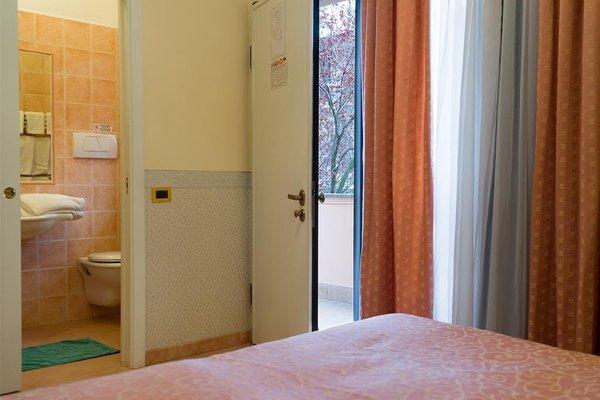 Hotel Louis - 10