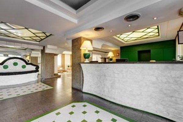Aris Garden Hotel - фото 11