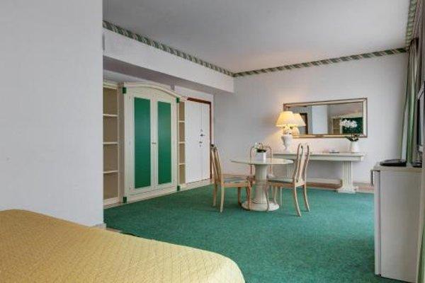 Aris Garden Hotel - фото 13