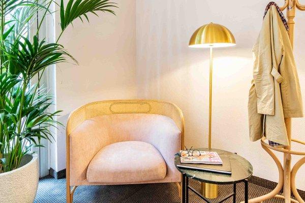 Starlight Suiten Hotel Renngasse - 7