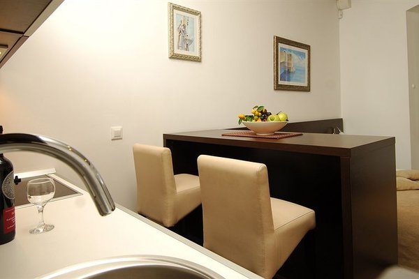 Celenga Apartments - фото 13