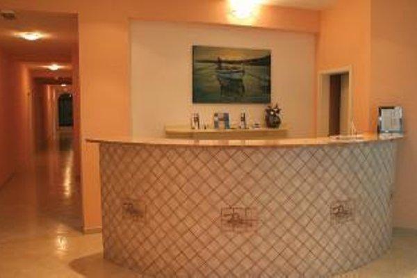 Aparthotel Bellevue Trogir - фото 14