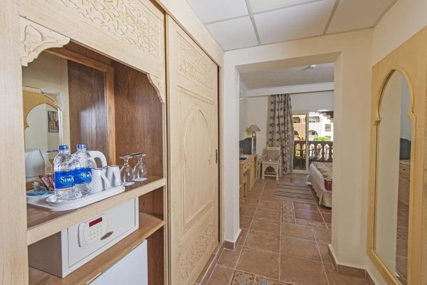 Sentido Mamlouk Palace Resort - 11