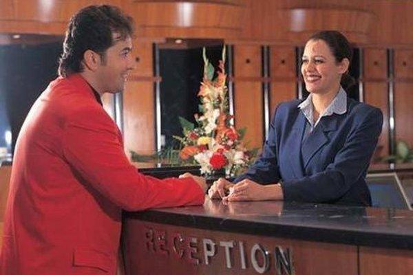 St.George Hotel - фото 15