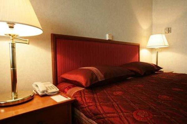 St.George Hotel - фото 3