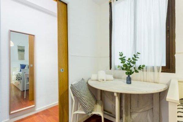 Lodging Apartments Camp Nou - 10