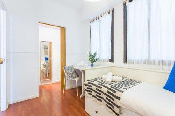 Lodging Apartments Camp Nou - 11