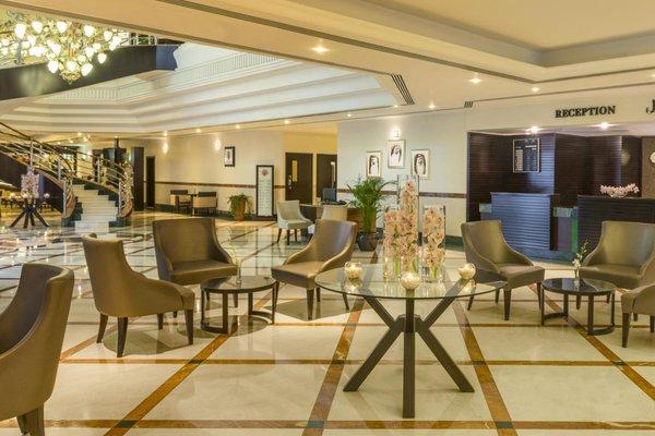 Coral Dubai Deira Hotel - фото 7