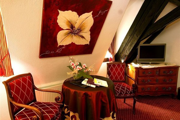 Отель «Hostelerie Le Marechal» - фото 4