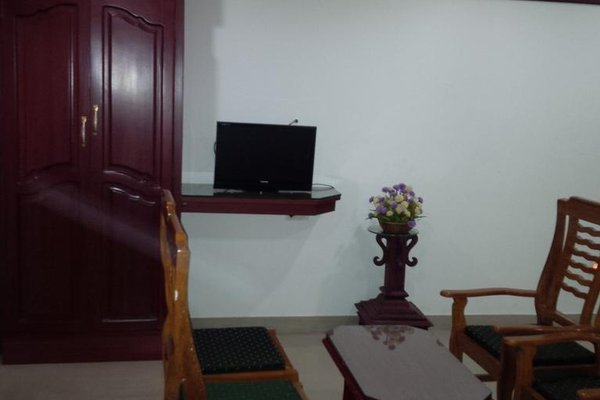 Hotel Thoiba Residency - фото 6