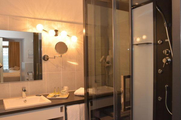 Hotel De Bourgogne - фото 10