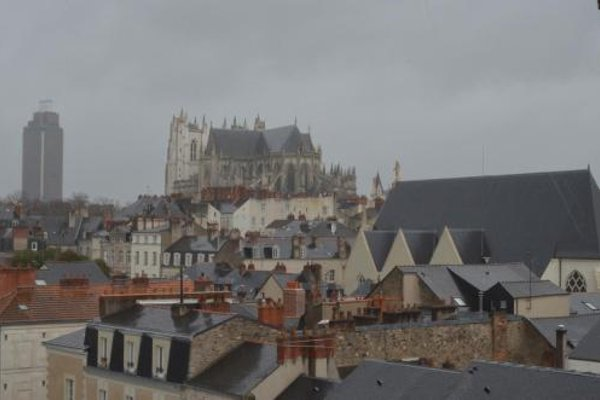 Hotel De Bourgogne - фото 23