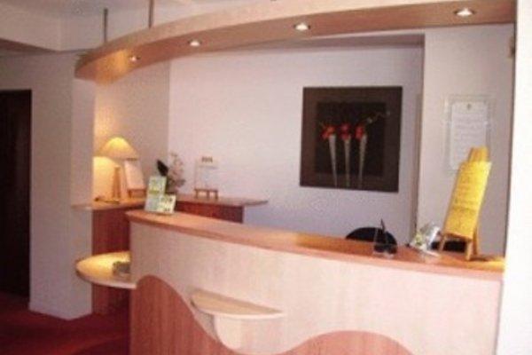Logis Beaujoire Hotel - 18