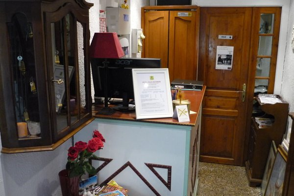 Logis Hotel Villa Victorine - 3