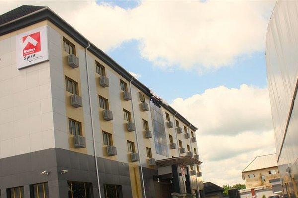 Swiss Spirit Hotel & Suites Mardezok Asaba - фото 23