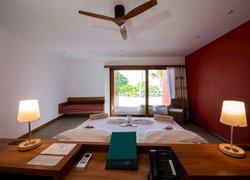 Отель The Barefoot Eco фото 2