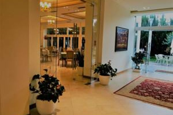 Grand White City Hotel - 17