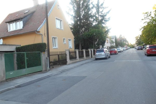 Happy home am Liesingbach with Garden and free parking places - фото 10