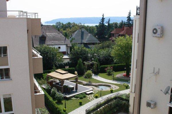 Park Briz Apartment - фото 42