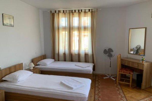 Guest Rooms Donovi - фото 9