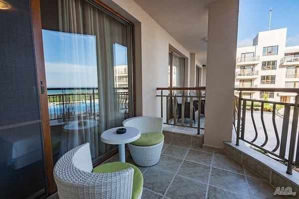 Diamond Beach Apartments - фото 17