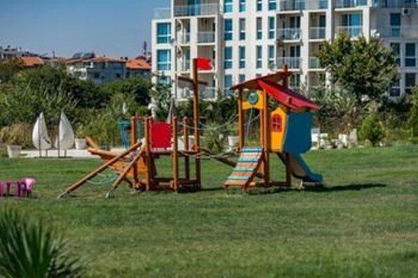 Diamond Beach Apartments - фото 19