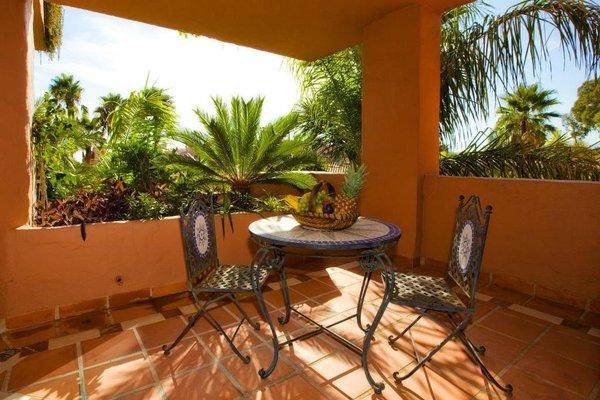 Bahia Beach Apartments Estepona - фото 11