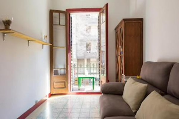 Sagrada Familia Apartment Balcony - фото 14