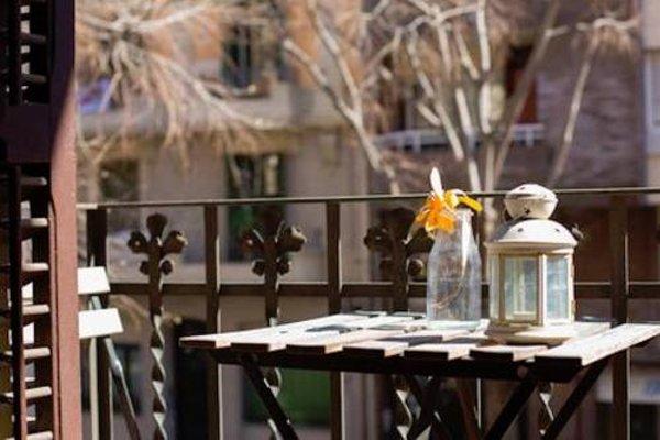 Sagrada Familia Apartment Balcony - фото 19