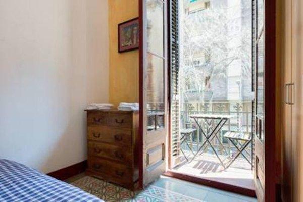 Sagrada Familia Apartment Balcony - фото 3
