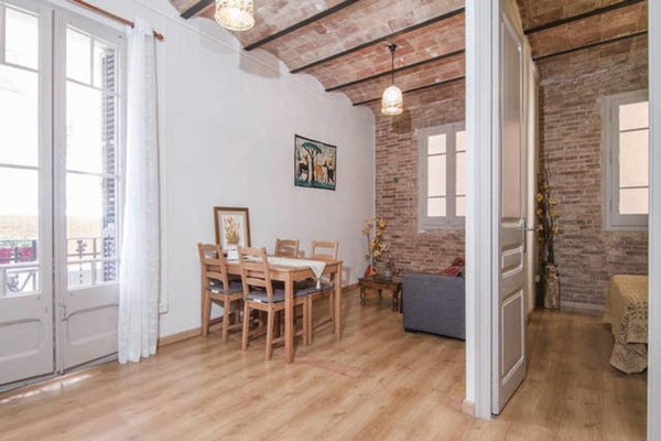 Sagrada Familia Apartment Balcony - фото 7